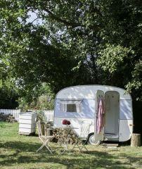 1950s-caravan-cabins-caravans-foster-house-5